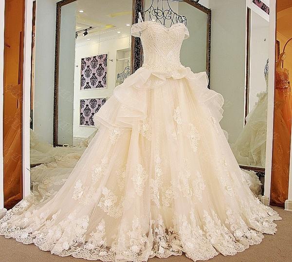 ابن الجابري  - فستان الزفاف - مسقط