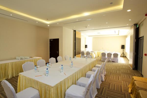 فندق نهال بن ماجد - الفنادق - أبوظبي