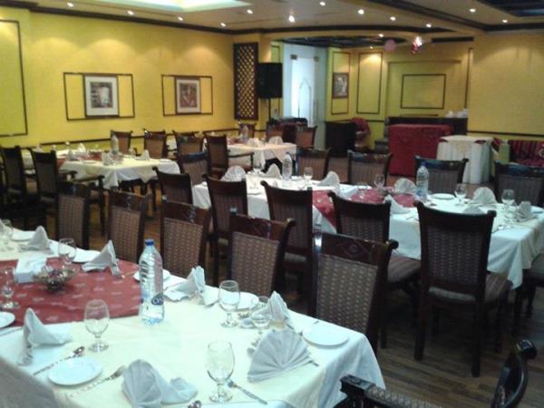 مطعم فوود لاند - بوفيه مفتوح وضيافة - أبوظبي
