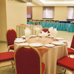 مطعم فوود لاند-بوفيه مفتوح وضيافة-أبوظبي-5