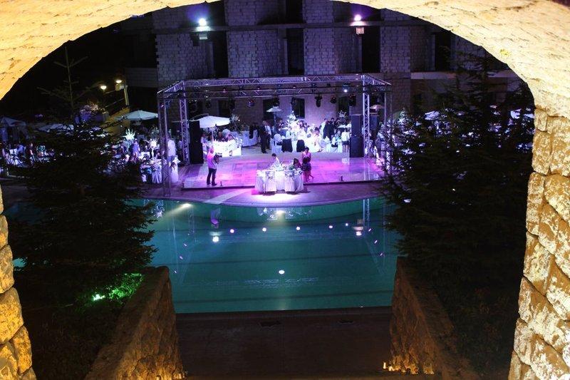 فندق سنولاند - الفنادق - بيروت