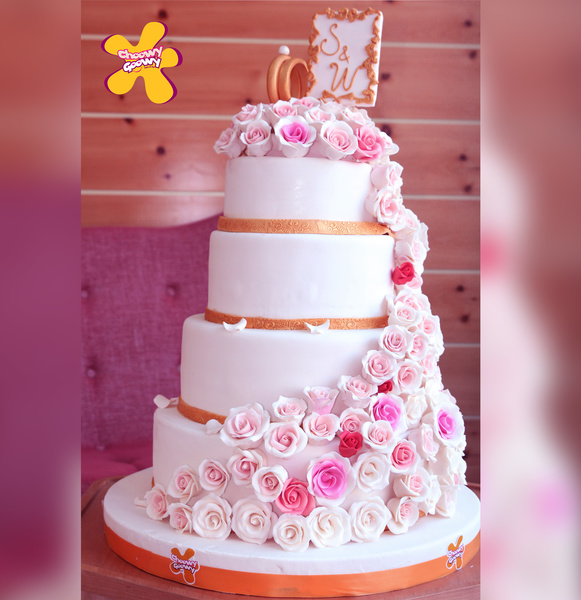 Cake Decoration Qatar : CHoowy Goowy - Wedding Cakes - Doha Zafaf.net