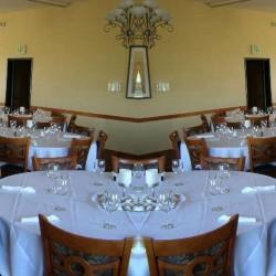مطعم أمواج البحر-المطاعم-الشارقة-1