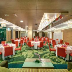 فندق الخوري اكزكيوتف-الفنادق-دبي-1