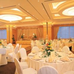 فندق الكورنيش-الفنادق-أبوظبي-1
