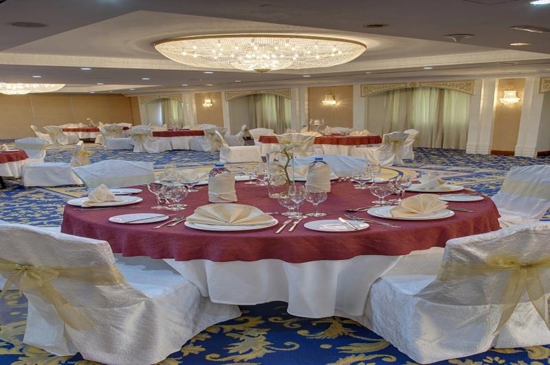 فندق جراند اكسلسيور بر دبي - الفنادق - دبي