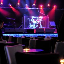 بوراكاي نايت كلوب-المطاعم-دبي-3