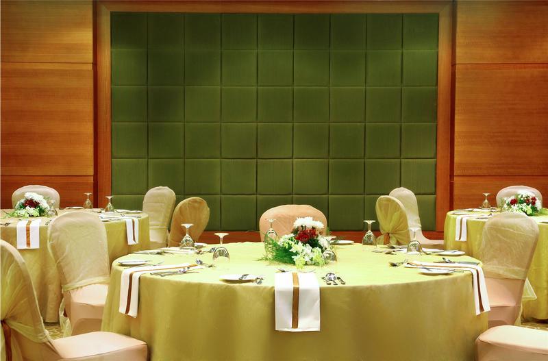 فندق ومركز المؤتمرات شيراتون دريم لاند - الفنادق - القاهرة