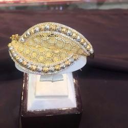 شركة مجوهرات اليافعي -خواتم ومجوهرات الزفاف-المنامة-4