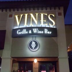 اكويريوم اند فاينز واين بار-المطاعم-دبي-1