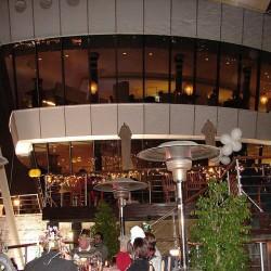 اكويريوم اند فاينز واين بار-المطاعم-دبي-3