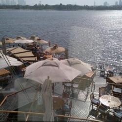 اكويريوم اند فاينز واين بار-المطاعم-دبي-4