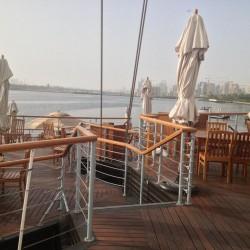 اكويريوم اند فاينز واين بار-المطاعم-دبي-6