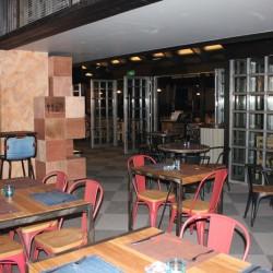 سوهو بار اند غريل-المطاعم-دبي-5