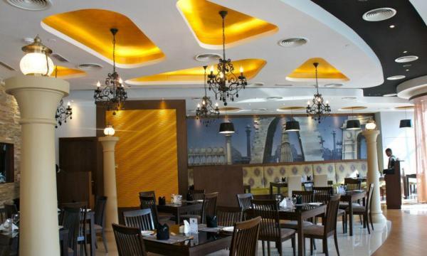 25 درجة شمالا - المطاعم - دبي