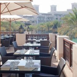 ريفينغتون بار آند جريل - سوق مدينة جميرا-المطاعم-دبي-1