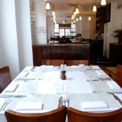 ريفينغتون بار آند جريل - سوق مدينة جميرا-المطاعم-دبي-6