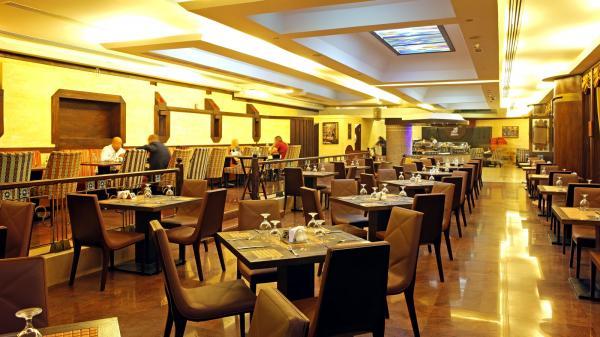مطعم المركاز - المطاعم - دبي