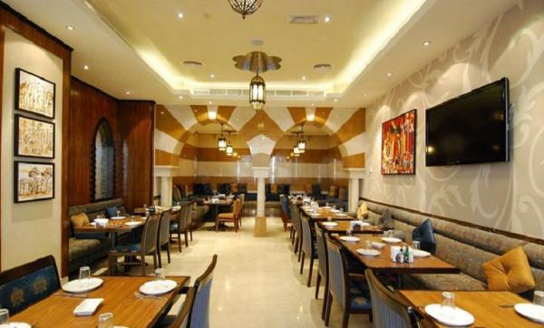 الصفدي - شارع الرقة - المطاعم - دبي