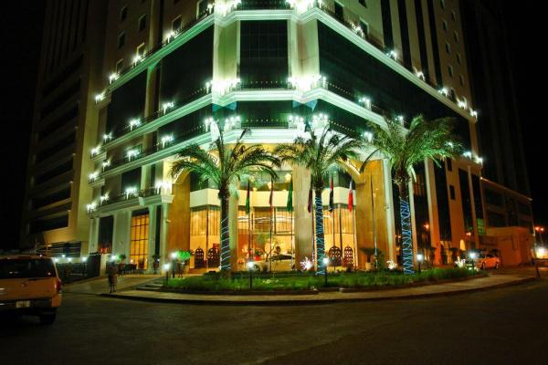 فندق بست وسترن بلس الدوحة - الفنادق - الدوحة