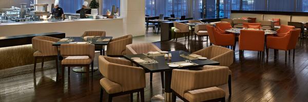 الرجا/حياة بالاس - المطاعم - دبي