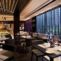 مطعم لاسبيغا  بيبر مون-المطاعم-الدوحة-2