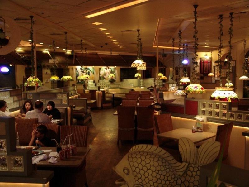 مطعم ومقهى الشرفة - المطاعم - المنامة