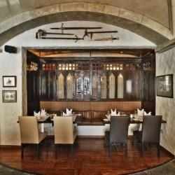 مطعم وصالة كاميلوت-المطاعم-المنامة-2