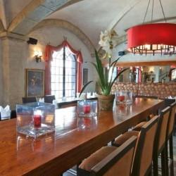 مطعم وصالة كاميلوت-المطاعم-المنامة-3