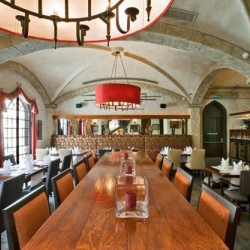 مطعم وصالة كاميلوت-المطاعم-المنامة-4