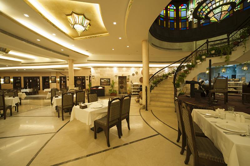 مطعم دامسكا ون - المطاعم - الدوحة