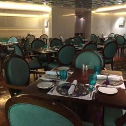 مطعم جولستان الايراني-المطاعم-المنامة-4