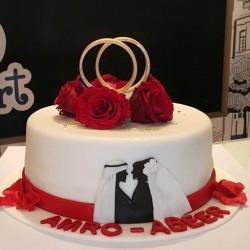 فنون السكر للكيك و الحلويات كيك الزفاف المدينة المنورة