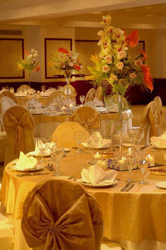 فندق سفير القاهرة - الفنادق - القاهرة