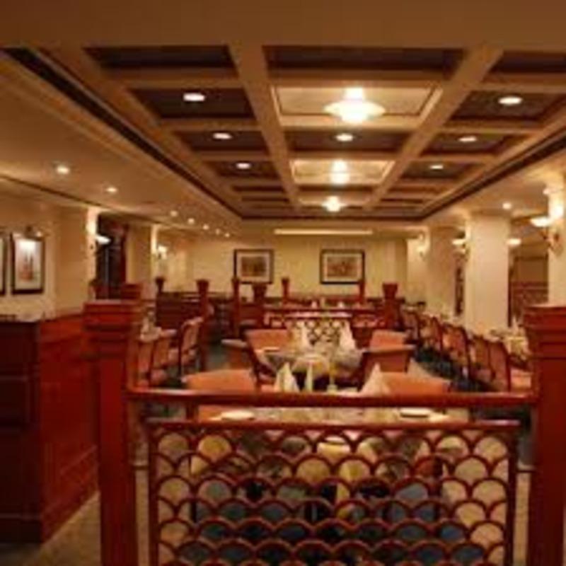 مطعم قصر الكريستال - المطاعم - مدينة الكويت