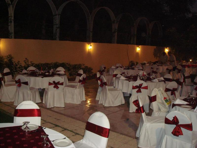 خانا خزانا عمان - المطاعم - مسقط