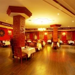 مطعم دلي داربار-المطاعم-مسقط-2