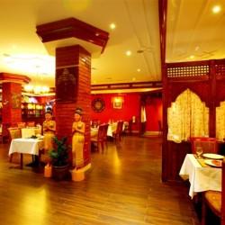 مطعم دلي داربار-المطاعم-مسقط-3