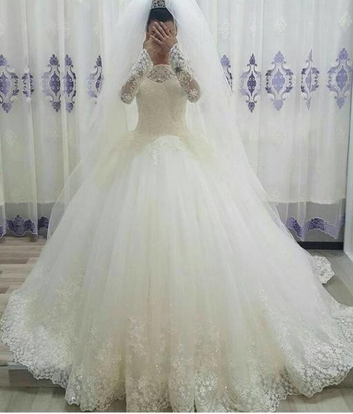 فستان زفاف سندريلا في الرياض