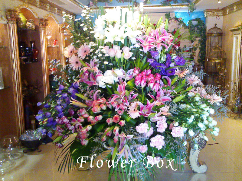 علبة الزهور العالمية - زهور الزفاف - دبي