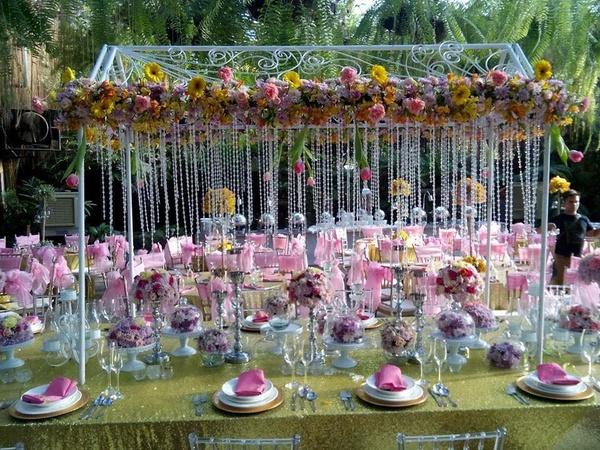اي وركس لتنظيم المناسبات - زهور الزفاف - دبي