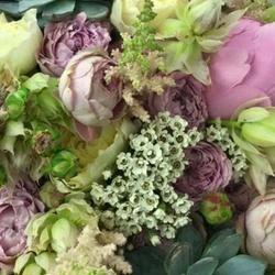 اي وركس لتنظيم المناسبات-زهور الزفاف-دبي-4
