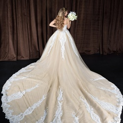 كفالاكوتور-فستان الزفاف-الشارقة-3