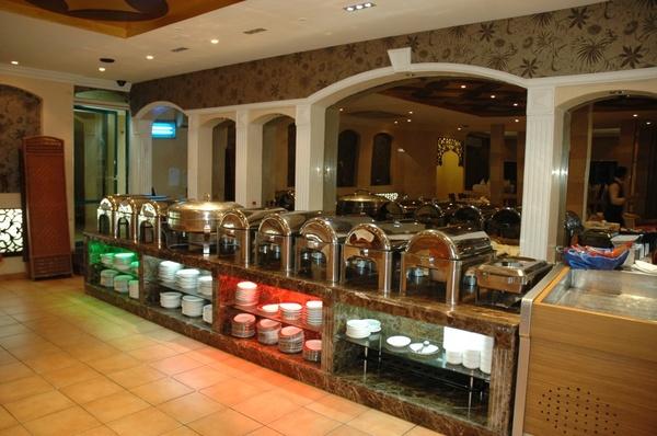 قصر الدار للضيافة  - المطاعم - أبوظبي