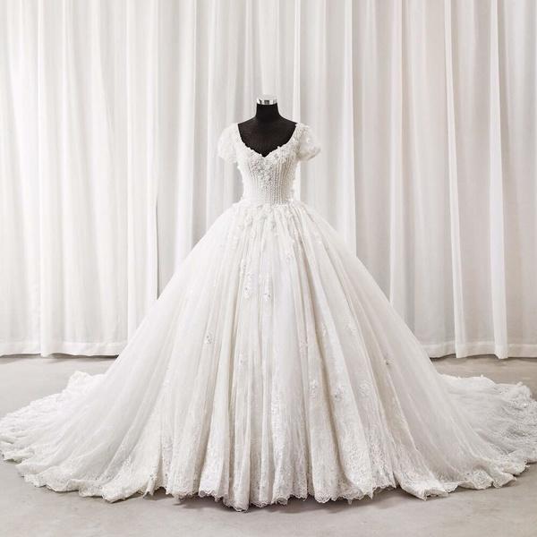 بنت الديره للعرايس - فستان الزفاف - مسقط