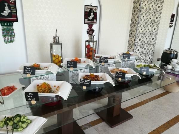 هيتام الشيف التنفيذي خدمات المطاعم والمطاعم - بوفيه مفتوح وضيافة - مسقط