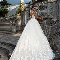 Moon Bride -Wedding Gowns-Dubai-2