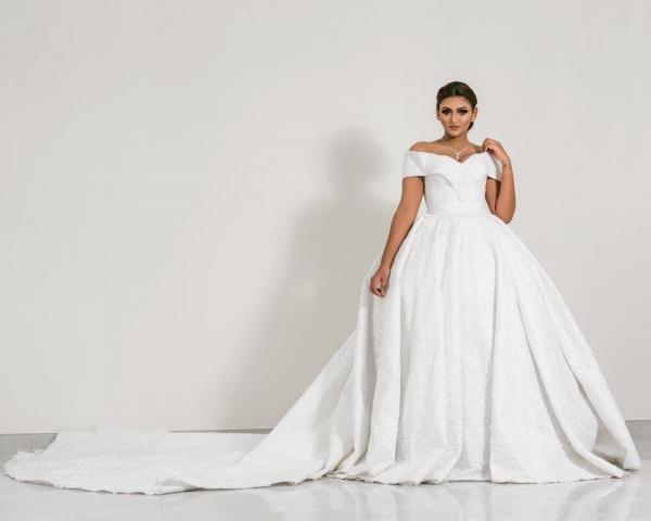 صبا فاشن سنتر - فستان الزفاف - المنامة