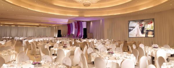 فندق ومنتجع بلو راديسون ديبلومات - الفنادق - المنامة