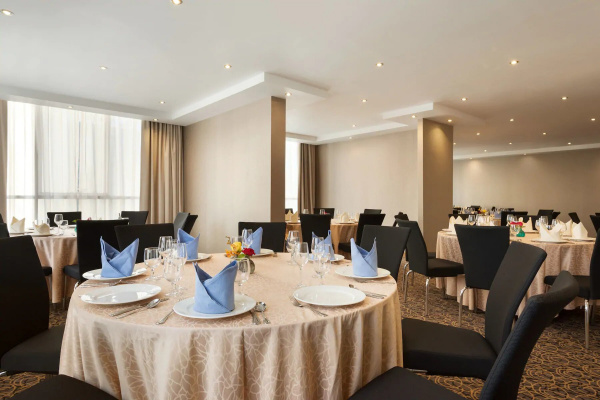 TRYP by Wyndham , Abu Dhabi City Center - Hotels - Abu Dhabi